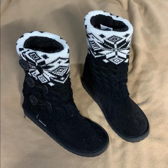L Melinda Striped Cuff Bootie Slippers NWT MUK LUKS® M